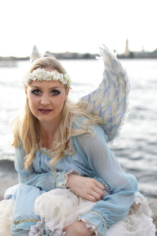 Cirque-du-Soleil-angel