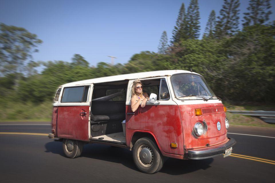 Tara-Maui-Serfing (8)