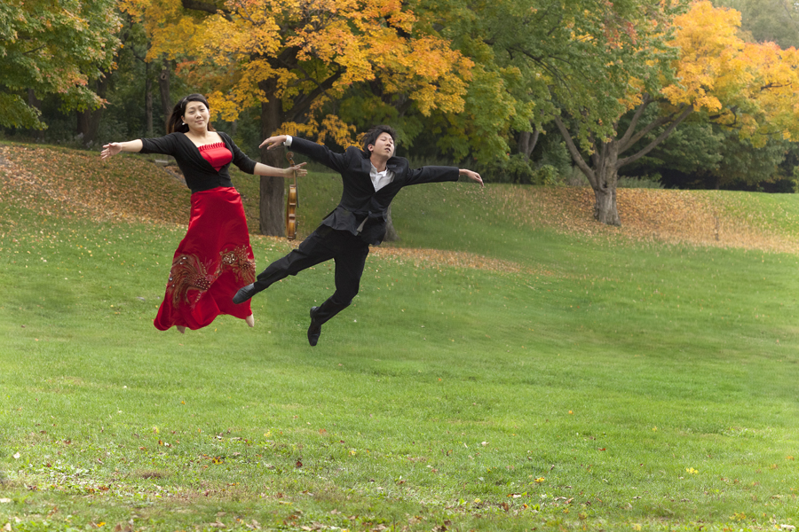 Photography workshop with Orchestre de Chambre Nouvelle flying in the air (1)