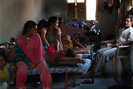 Indian surrogate mothers - Husband's visit to group home in dr.Patel clinic