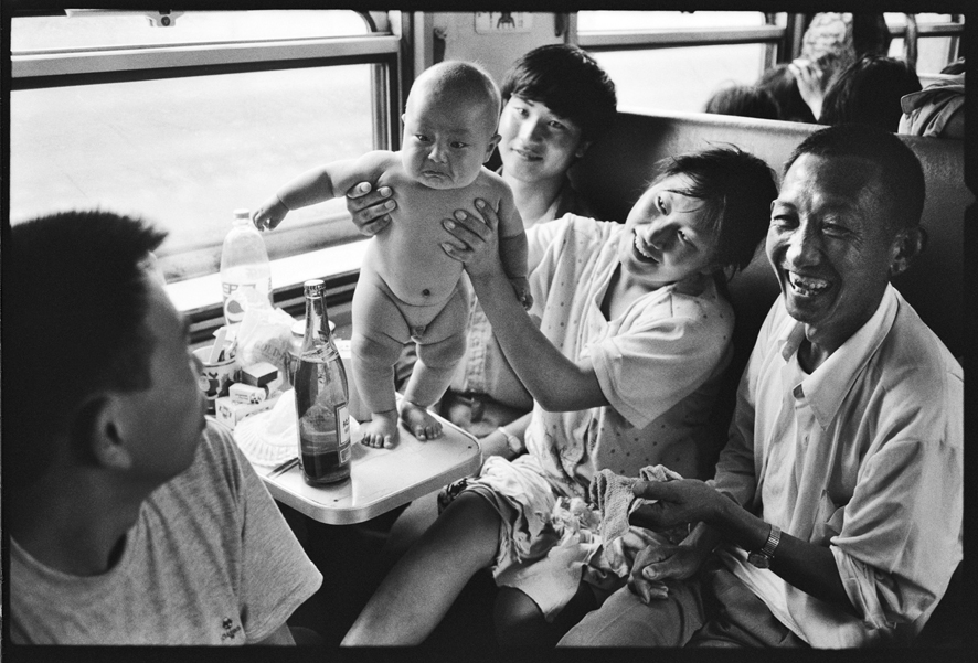 "Photography courses and workshops - Wang Fuchun ""Chinese People on the Train"" (20)"