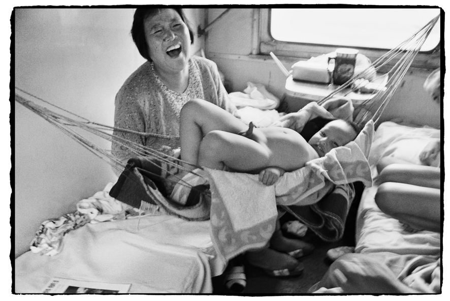"""Photography courses and workshops - Wang Fuchun """"Chinese People on the Train"""" (15)"""