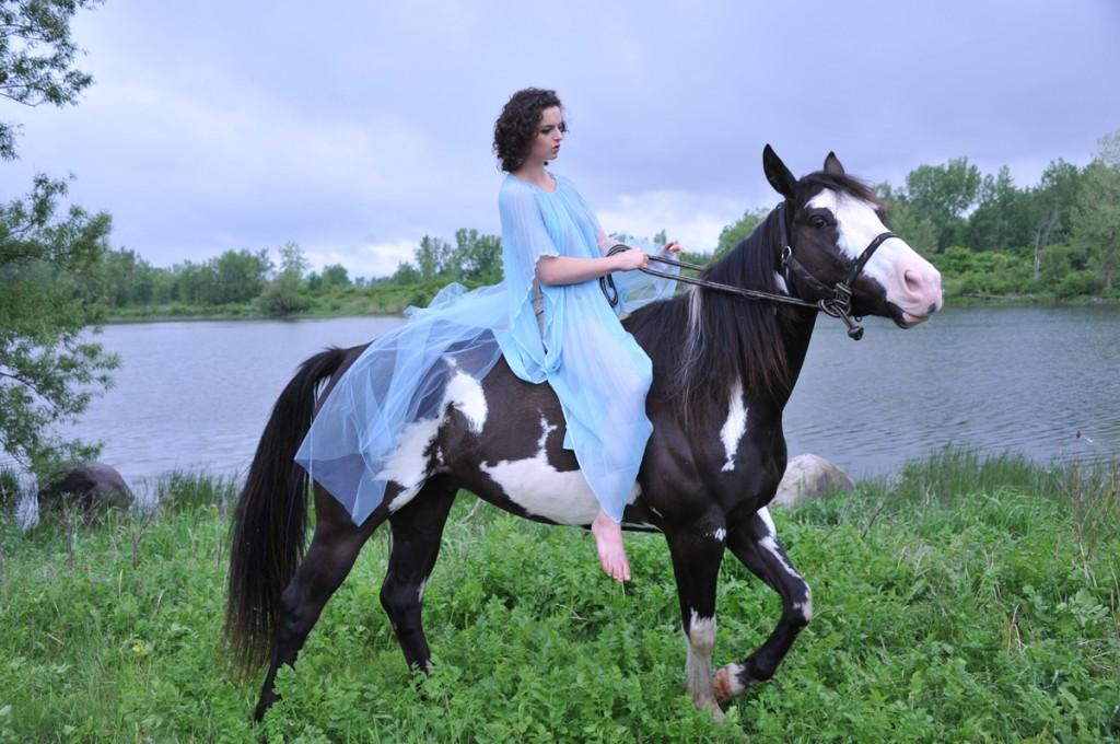 Seme nude on a horse (3)