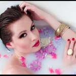 Photography courses and workshops - A girl in the bathtub (25)