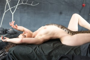 girl_with_snake_10-11