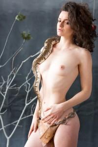 girl_with_snake_10-6