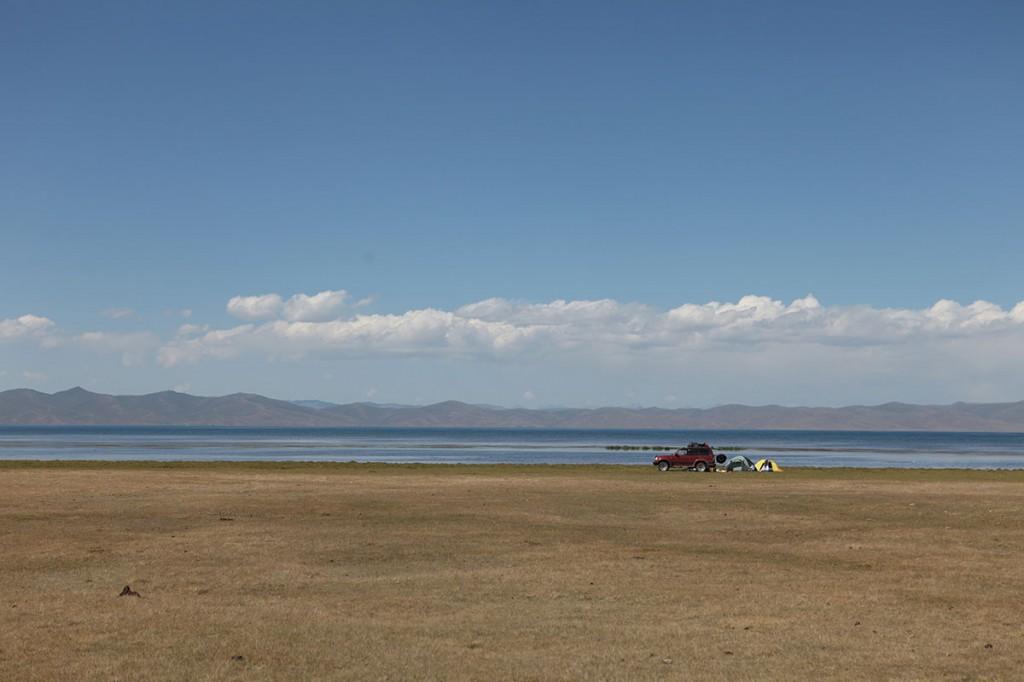 son-kul-lake. Озеро Сон-Коль